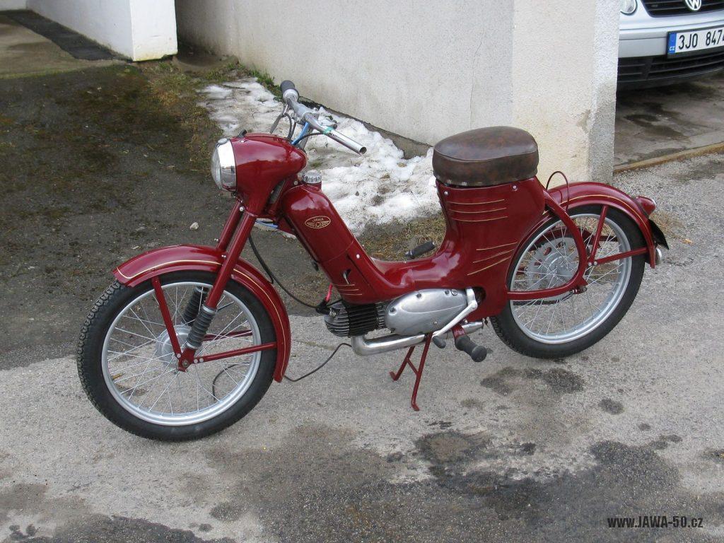 Jawa 550 pařez z roku 1958