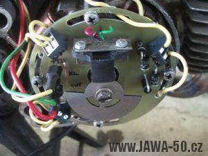Kontaktní deska statoru čtyřcívkového zapalování s hallovým snímačem