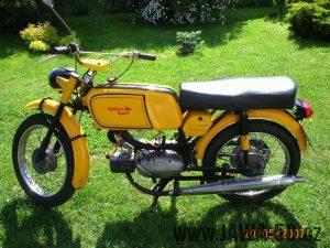 Vývozní Jawa 50 typ 23 Golden Sport, druhé provedení